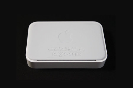 apple_iphone4_dock_3.jpg