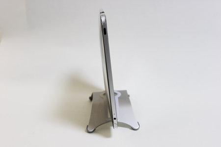 ipad_aluminum_stand_dn-sah2015_4.jpg