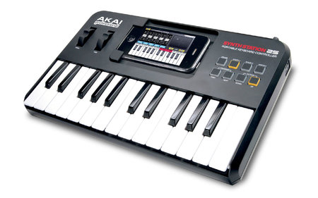 akai_SynthStation25_0.jpg