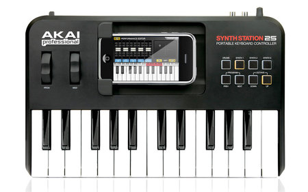 akai_SynthStation25_1.jpg