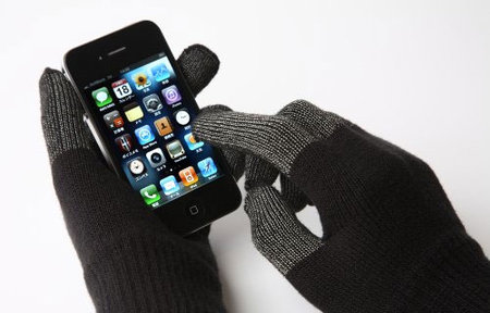 itouch_gloves_iphone_0.jpg