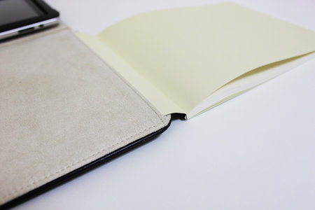 moleskine_folio_digital_tablet_cover_3.jpg