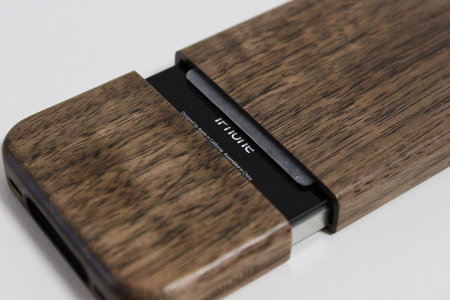 wood_case_for_iphone4_6.jpg