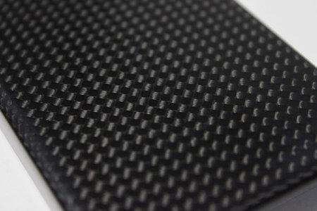 moncarbon_carbon_fiber_iphone4_5.jpg