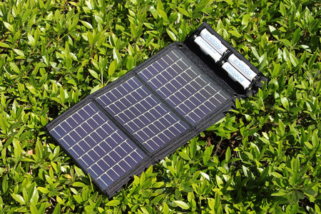 powerfilm_solar_charger_0.jpg