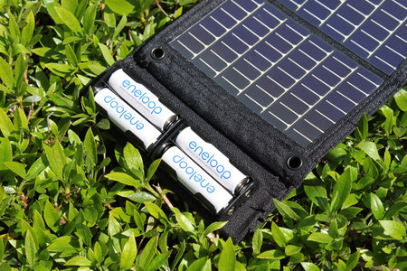 powerfilm_solar_charger_2.jpg
