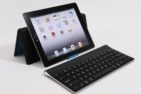 logicool_tablet_keyboard_for_ipad_0.jpg