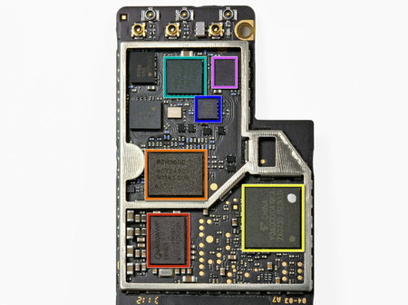 ifixit_new_ipad_teardown_4.jpg