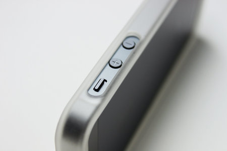 ibuffalo_tpu_bumper_iphone5_5.jpg