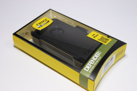 otterbox_defender_for_iphone5_1.jpg