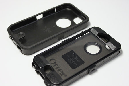 otterbox_defender_for_iphone5_3.jpg