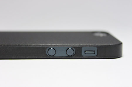 skinnyfitcase_for_iphone5_review_3.jpg
