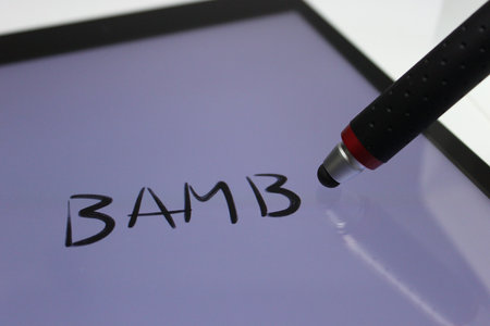 wacom_bamboo_stylus_pocket_5.jpg