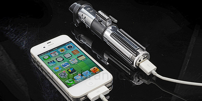 darth_vader_mobile_battery_0