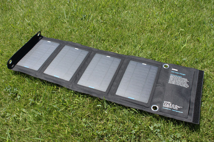 anker_solar_charger_14w_review_2