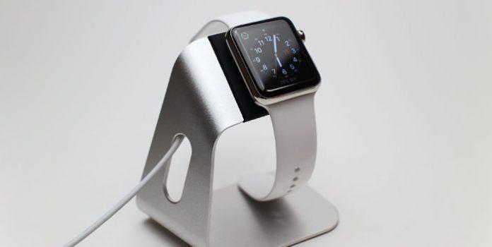 new concept 4f809 ea159 レビュー】純正並みのクオリティ〜Apple Watch用充電スタンド「Spigen S330」