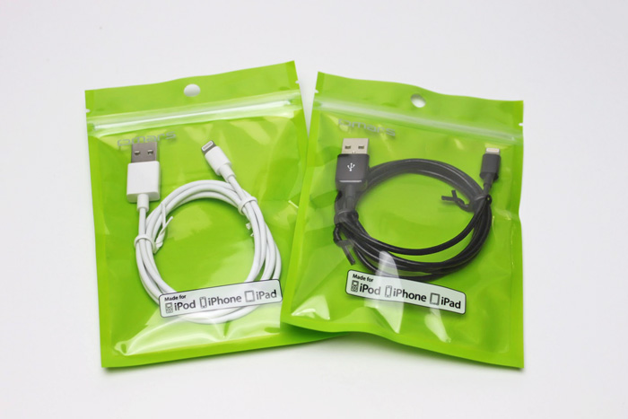 omars_lightning_cable_5