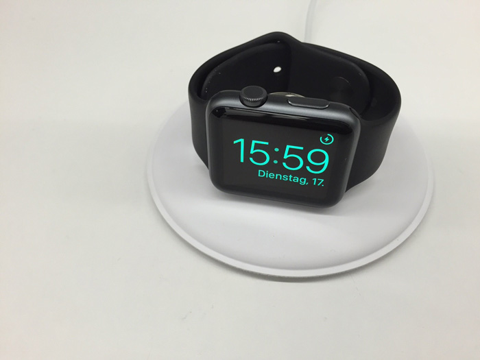 apple_watch_magnetic_charging_dock_4