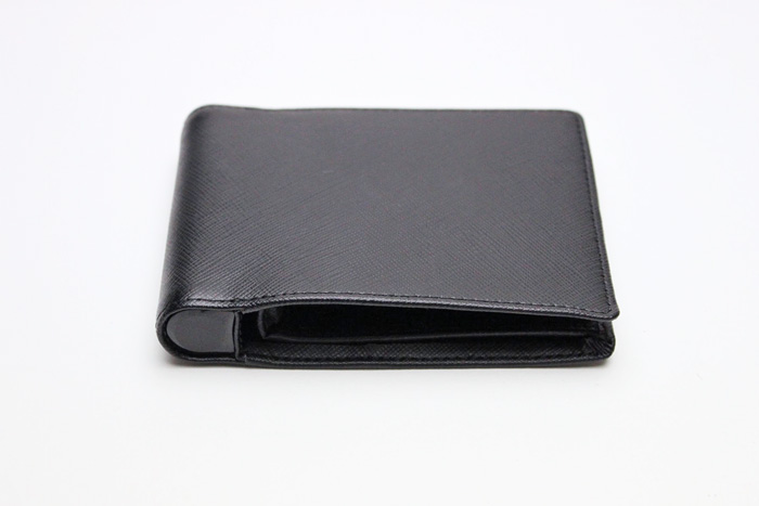 nomad_wallet_case_iphone_review_2