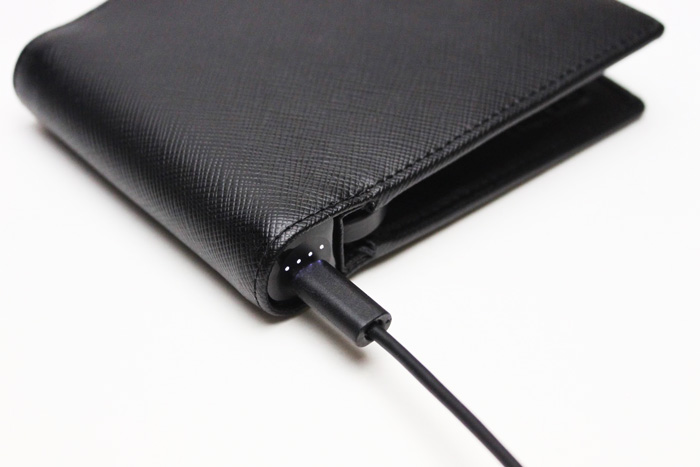 nomad_wallet_case_iphone_review_5