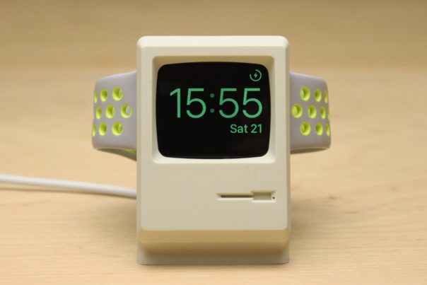 elago_w3_apple_watch_stand_8